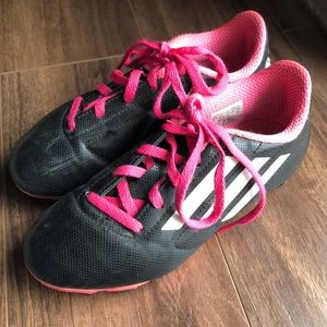 Adidas Soccer Shoes ⚽️ Girls Size 1